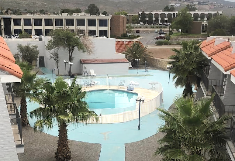 Extend-A-Suites Utep, El Paso