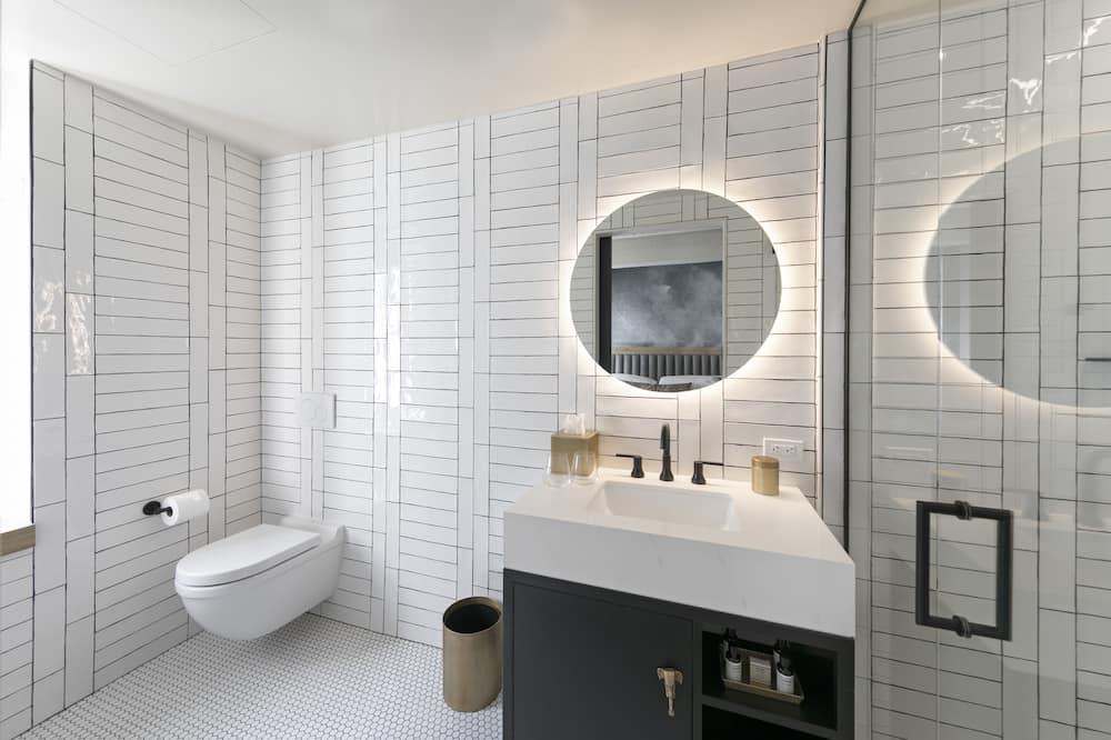 Room, 1 King Bed (Urban, Flower Street View) - Bathroom