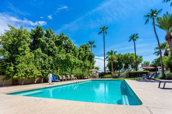 Gambar Howard Johnson by Wyndham Scottsdale Old Town di Scottsdale