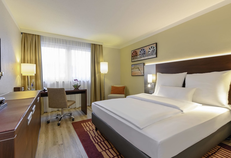 Mercure Hotel Duisburg City, Duisburg, Superior Room, 1 Queen Bed, Guest Room