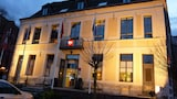 Book this Parking available Hotel in Douai