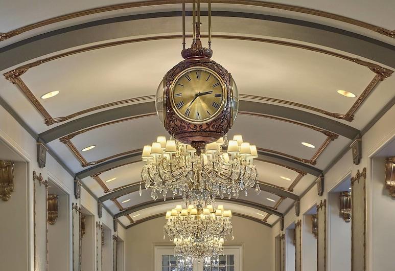 The Hotel Saskatchewan, Autograph Collection, Regina, Lobby
