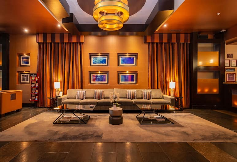 Sandman Suites Vancouver on Davie, Vancouver, Lobby Sitting Area