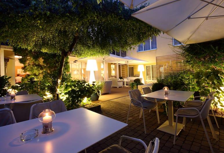 Holiday Inn Vienna City, Viedeň, Záhrada