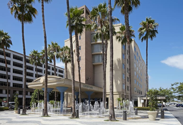 Courtyard by Marriott Los Angeles LAX/Century Boulevard, Los Angeles