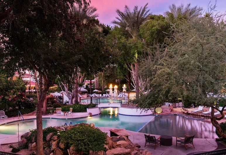 The Scott Resort & Spa (formerly FireSky Resort), Scottsdale, Piscina externa