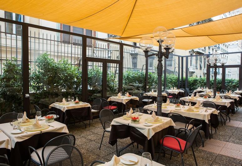 Bristol Palace Hotel, Генуя, Терраса/ патио