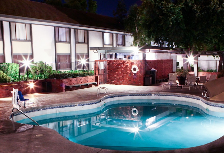 Hotel Piccadilly, Fresno, Piscina all'aperto