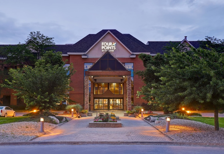 Four Points by Sheraton St. Catharines Niagara Suites, Thorold