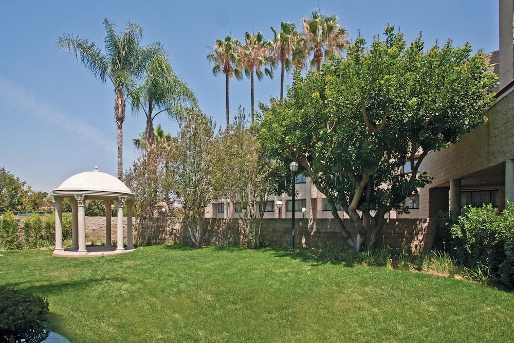 Book DoubleTree by Hilton Los Angeles - Rosemead in Los Angeles ...