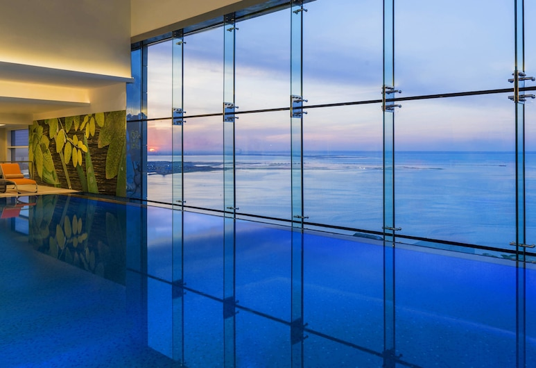 Four Points by Sheraton Kuwait, Kuwait City, Hồ bơi trong nhà