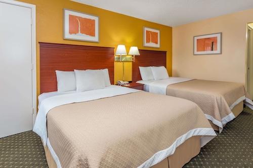 紐約水牛城溫德姆戴斯酒店/