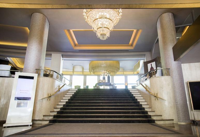 Hotel Tres Reyes, ปัมโปลนา, บริเวณประตูทางเข้า
