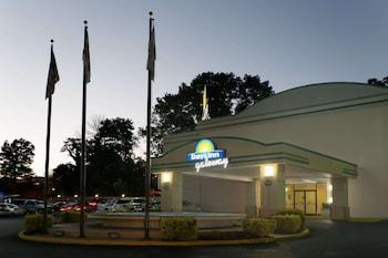 Picture of Days Inn by Wyndham Washington DC/Gateway in Washington