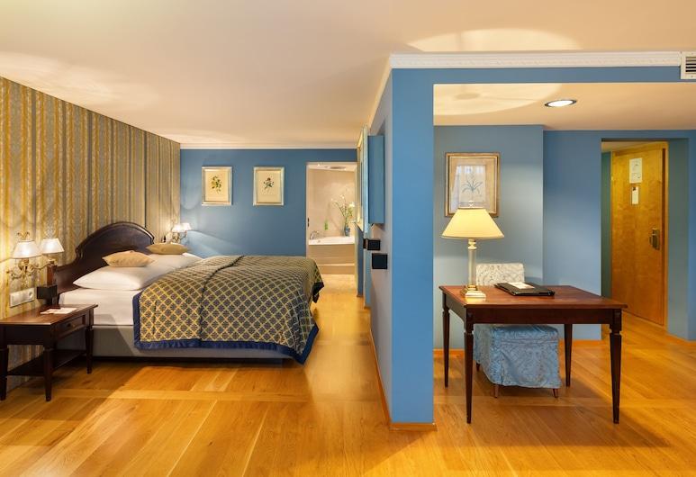 Austria Trend Hotel Ananas, Vienna, George Gershwin Suite, Living Room