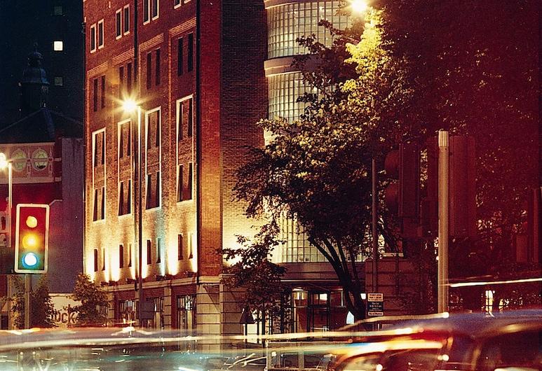 Jurys Inn Belfast, Belfast, Pohľad na hotel – večer/v noci