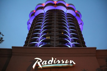 Picture of Radisson Hotel Cincinnati Riverfront in Covington