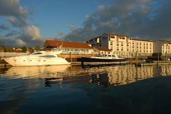Hình ảnh The Newport Harbor Hotel & Marina tại Newport
