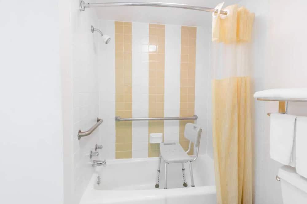Habitación, 1 cama King size, con acceso para silla de ruedas - Baño