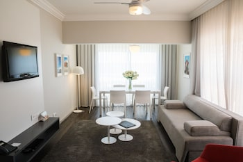Picture of Riviera Suites in Cape Town