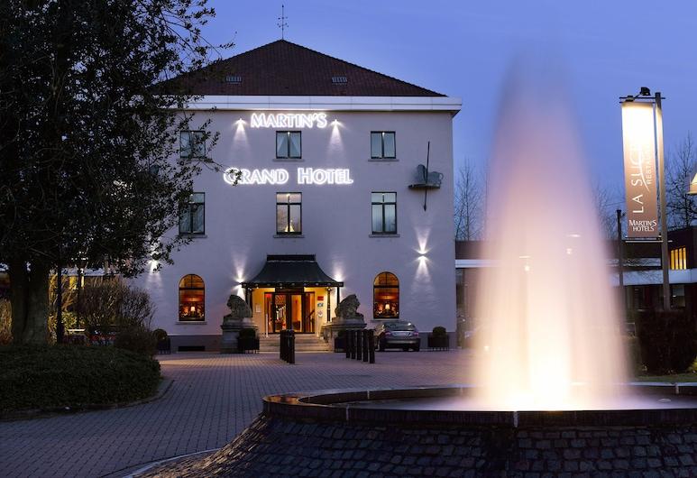 Martin's Grand Hotel, ווטרלו, חזית המלון