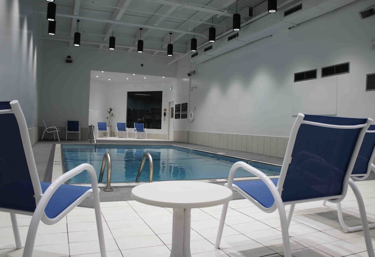 Four Points by Sheraton Edmunston Hotel & Conference Center, Эдмундстон, Закрытый бассейн