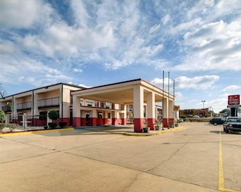 Top 10 Pet Friendly Hotels In Meridian Mississippi Hotels Com