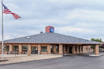Picture of Baymont Inn & Suites Tuscola/Champaign in Tuscola