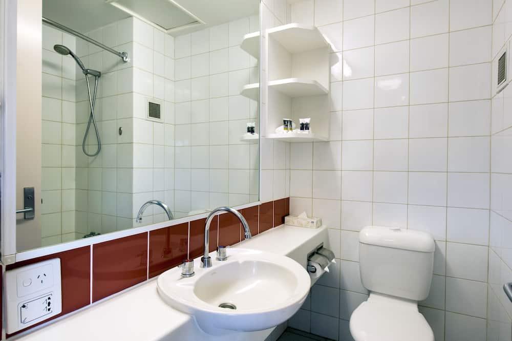 高級客房, 多張床 - 浴室