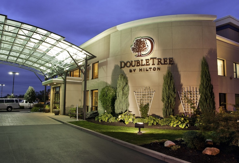 DoubleTree by Hilton Hotel Buffalo - Amherst, Amherst