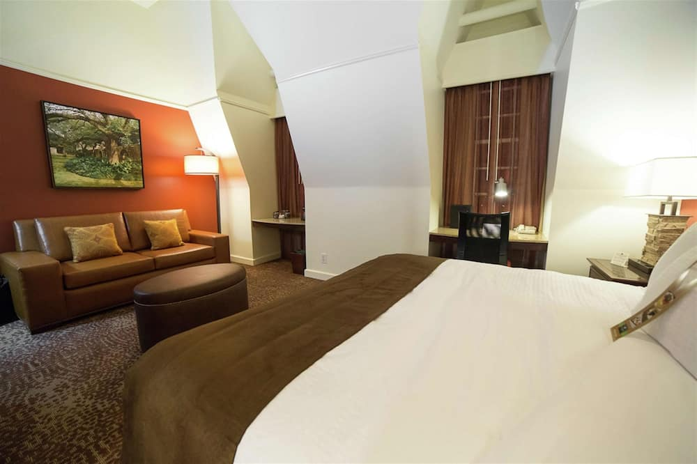 Standarta numurs, 1 divguļamā karaļa gulta, vanna (Mobility & Hearing) - Dzīvojamā zona