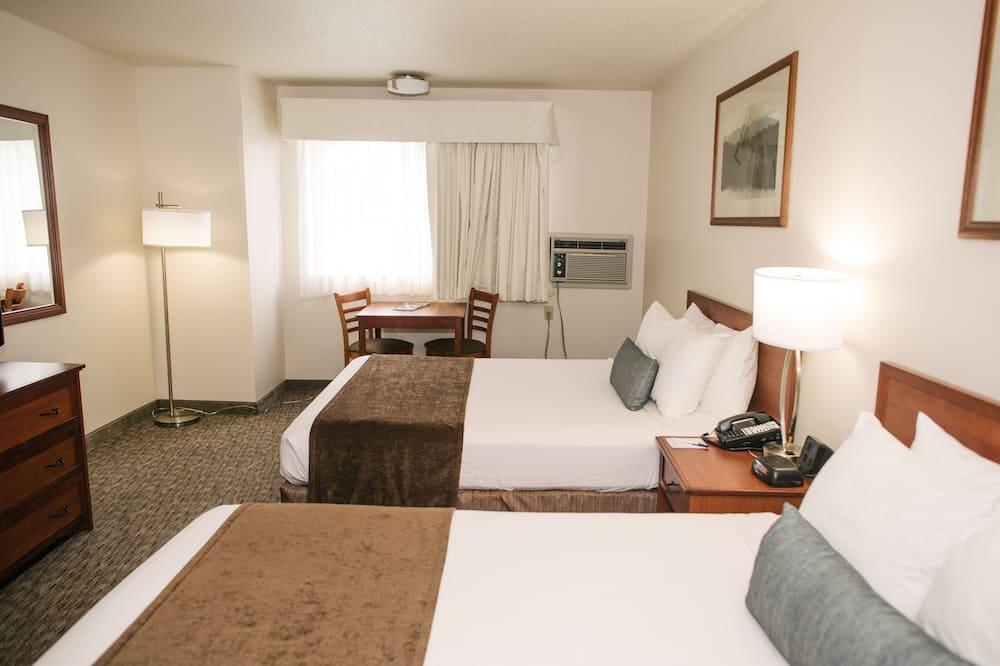 Standard Room, 2 Katil Ratu (Queen), Accessible, Refrigerator & Microwave - Bilik Tamu