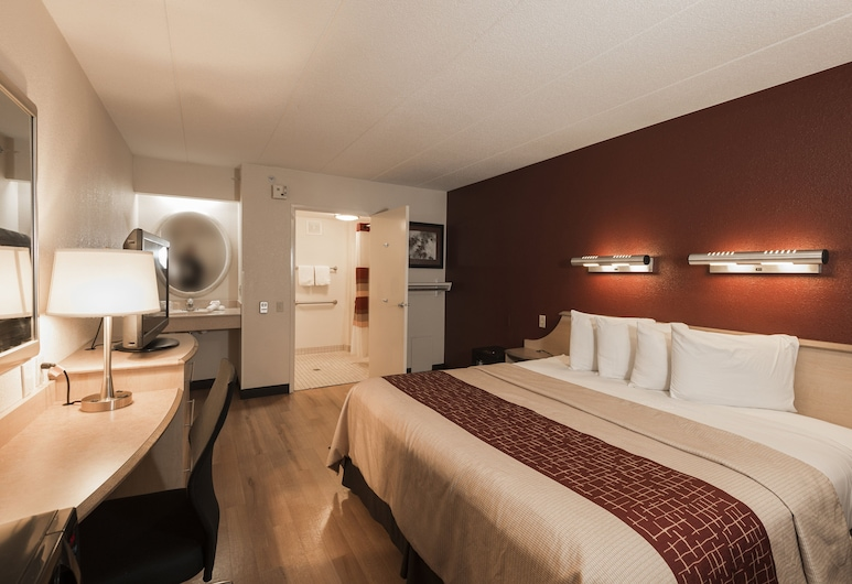 Red Roof Inn Chicago - Joliet, Joliet, Deluxe Room, 1 King Bed, Accessible (Smoke Free), Guest Room