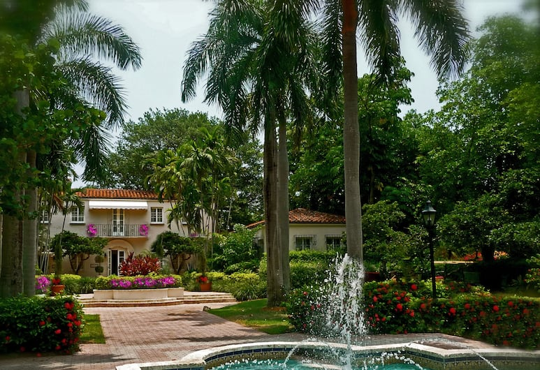 Fisher Island Club and Resort, Miami Beach, Suite, 1 King Bed, Fountain