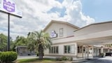 Book this Parking available Hotel in Statesboro