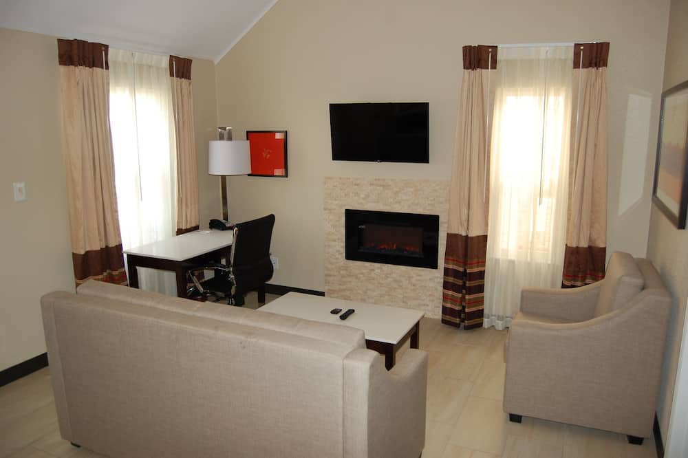 Suite, Multiple Beds, Non Smoking (Two Bedroom) - Living Area