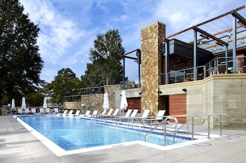 A(z) Raleigh Marriott Crabtree Valley hotel fényképe itt: Raleigh