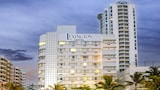 Choose This Cheap Hotel in Miami Beach