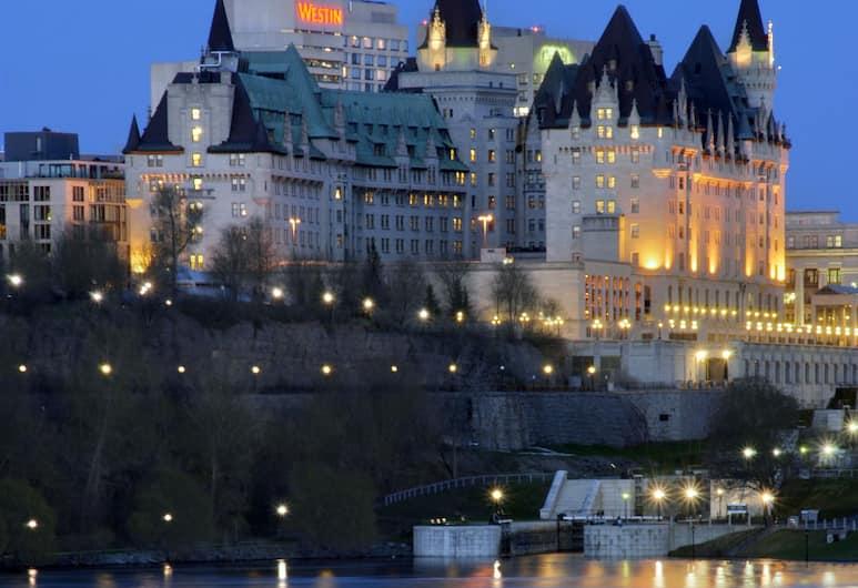 費爾蒙特里爾城堡酒店, 渥太華, 外觀