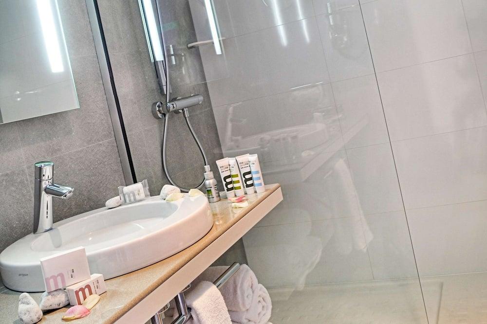 Superior Double Room, 1 Katil Kelamin (Double), City View (City side) - Bilik mandi