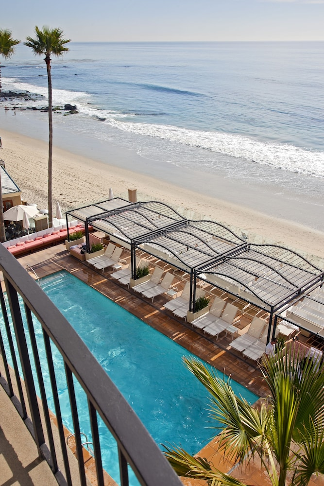 book surf and sand resort laguna beach from 379 night. Black Bedroom Furniture Sets. Home Design Ideas