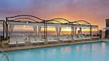 Reserve this hotel in Laguna Beach, California
