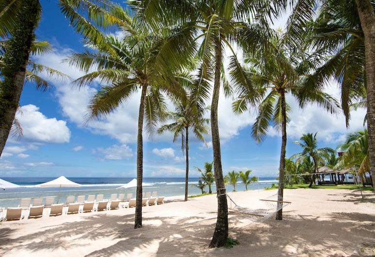 호텔 닛코 괌, 타무닝, 해변