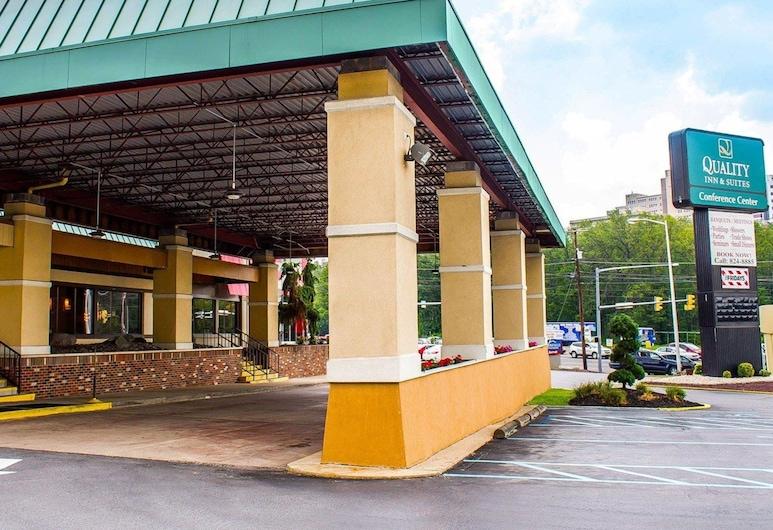 Wilkes-Barre Inn and Suites, Wilkes-Barre