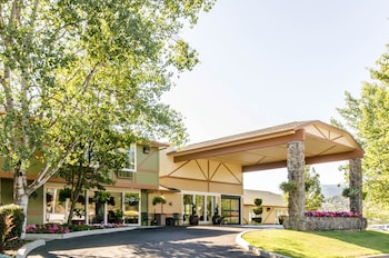 Choose This 2 Star Hotel In Ashland