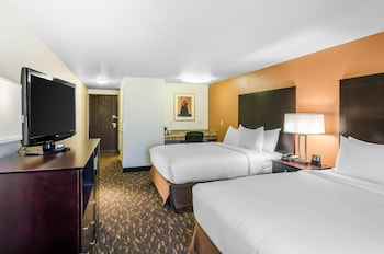 Choose This 2 Star Hotel In Ashland