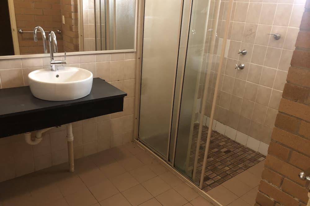Сімейний тримісний номер, 1 спальня - Ванна кімната