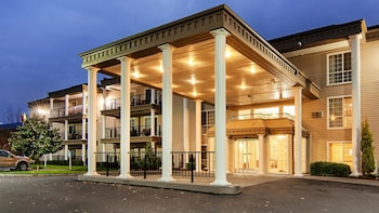Picture of Best Western Grand Manor Inn in Springfield