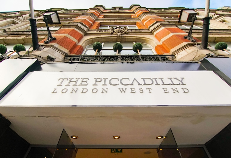 The Piccadilly London West End, Londres, Fachada del hotel