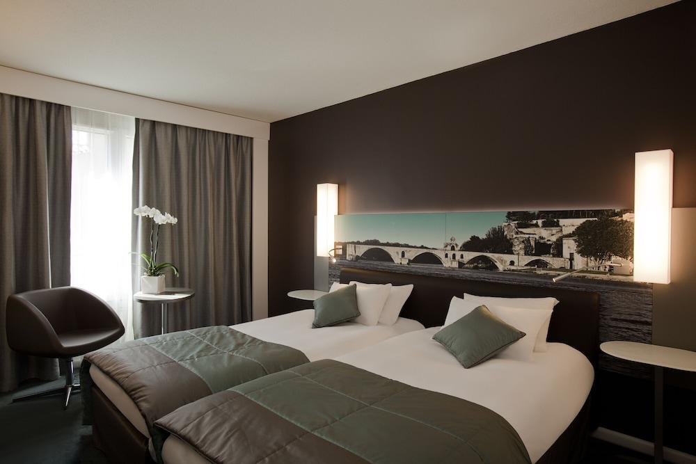 Mercure Pont D'Avignon Centre In Avignon Book On Hotels Amazing Avignon Bedroom Furniture Exterior Plans
